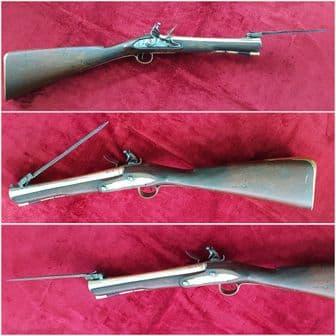 English flintlock blunderbuss brass barrel  spring bayonet by Bond. C 1820. Ref 9556.