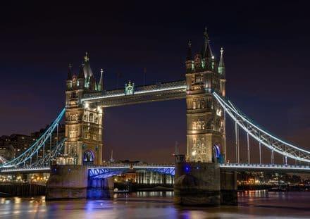 Tower Bridge, London Landmark. Print/Poster. Sizes: A4/A3/A2/A1 (00114)