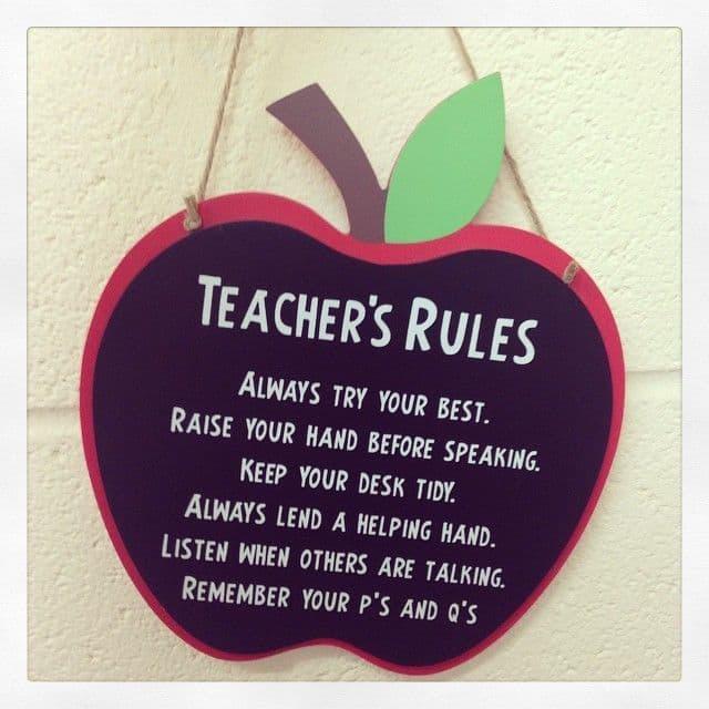 Large Apple Sign - Teacher's Rules