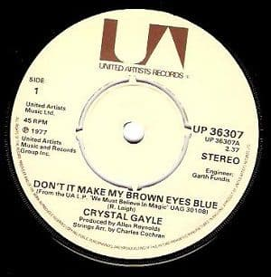 CRYSTAL GAYLE Don't It Make My Brown Eyes Blue Vinyl Record 7 Inch United Artists 1977