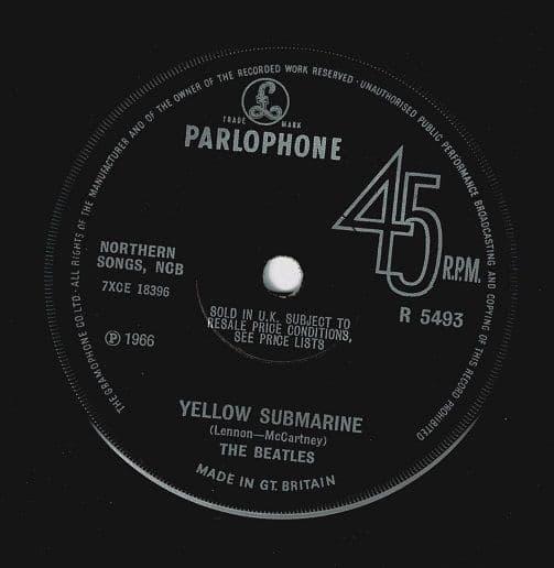 THE BEATLES Yellow Submarine Vinyl Record 7 Inch Parlophone 1966.