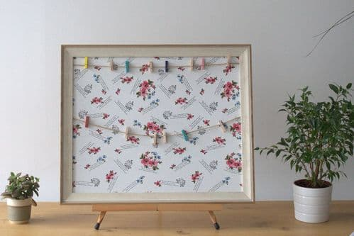 Floral Peg Photo Frame