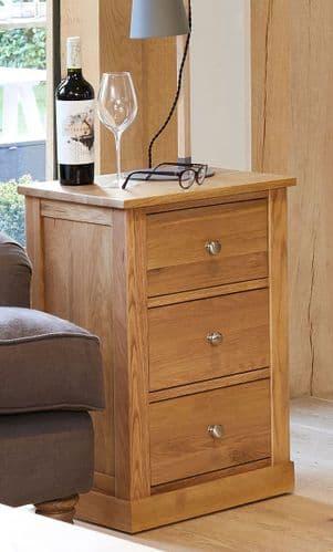 Mobel  Oak 3 Drawer Lamp Table/ Bedside Cabinet